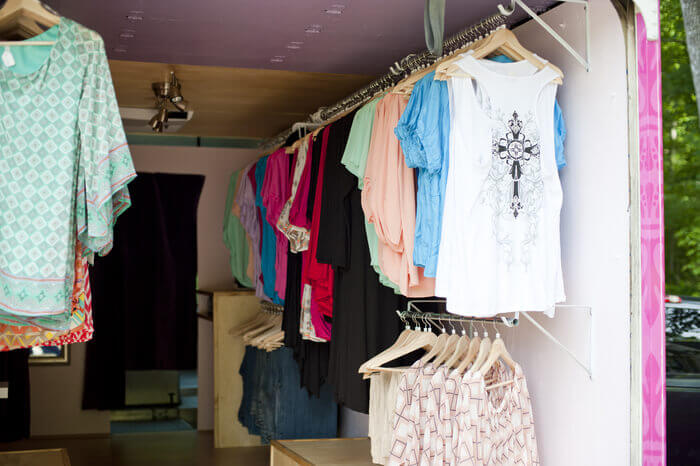 charlotte mobile clothing store